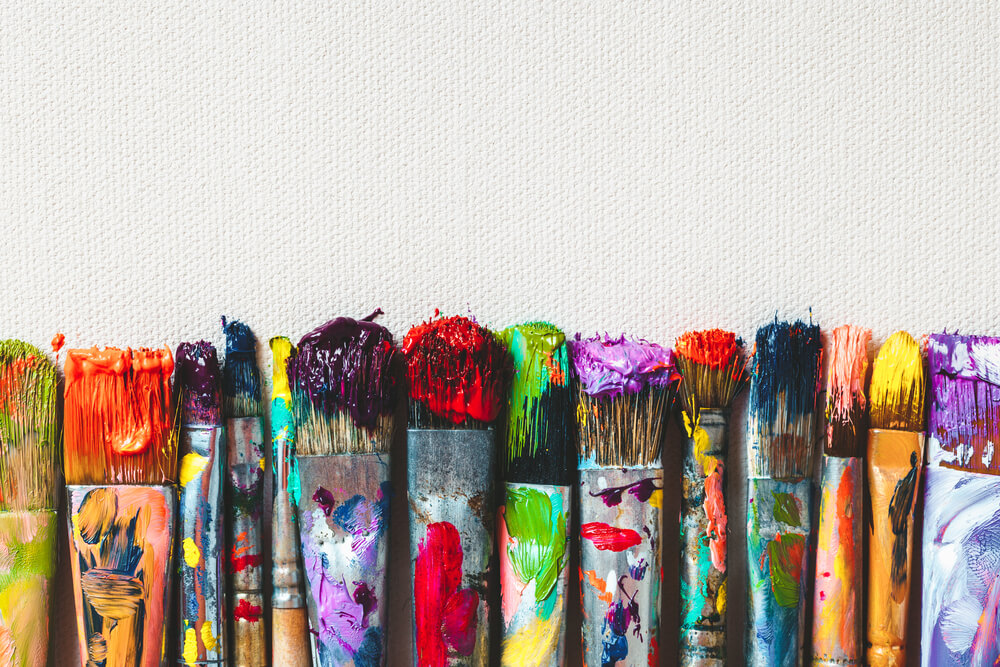 How to Clean Varnish and Mediums Off Paint Brushes